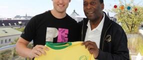 Gunnar Clauß mit Pelé für Startseite