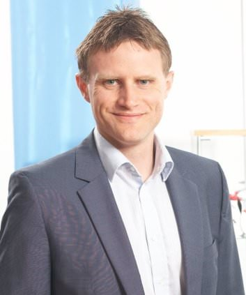 Sportmanager Christian Holzer bei seinem Sportjob als Vorstand der Impire AG